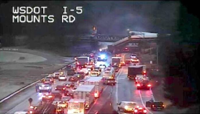 Emergency workers clear I-5 South